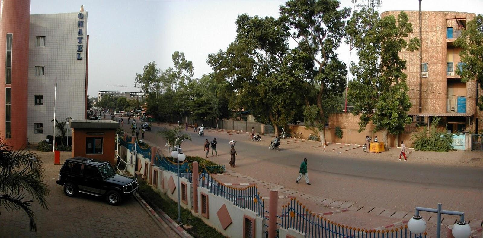http://2.bp.blogspot.com/_e45GK4i1E8M/TQ9bjZIEYRI/AAAAAAAABnE/e4NvHZTY6Wc/s1600/Burkina_Faso-Ouagadougou-wsffortin.jpg