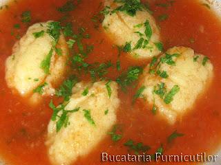 Articole culinare : Supa de Rosii cu Galuste