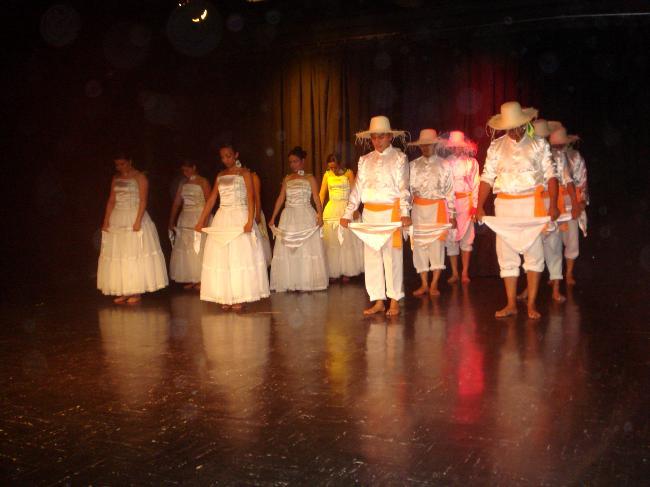 Trajes De Danza Puerto Rico