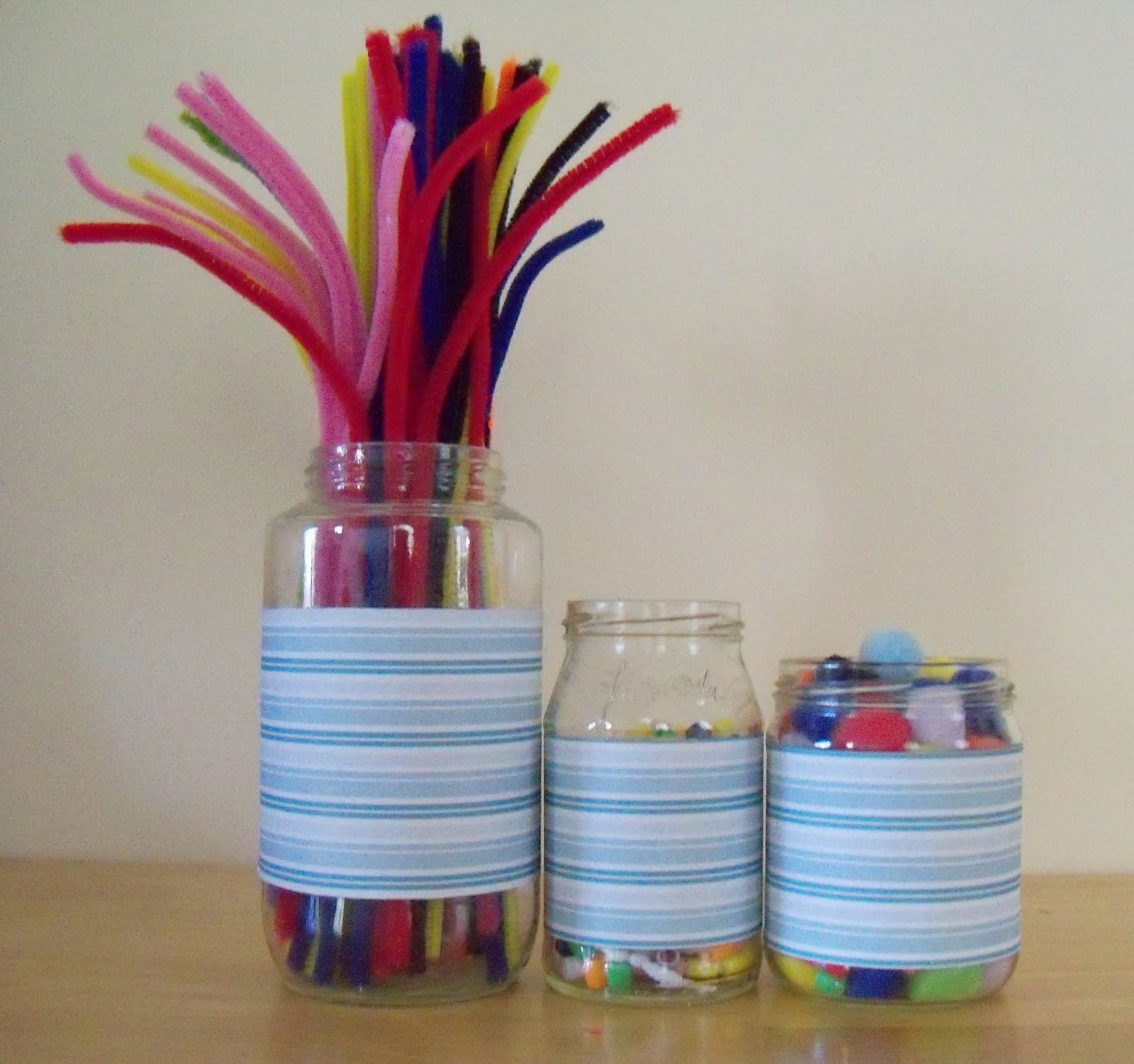 Crafting with recyclables glass jar craft jar for Crafts to make with glass jars