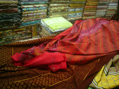 Jaipuri Bedsheets at MK shop in Bapu Bazaar