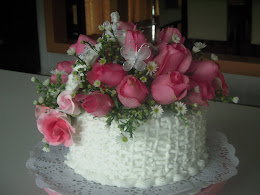 basket cake - fresh flowers