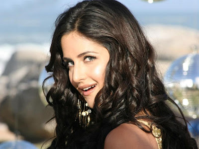 Hot-Katrina-Kaif-Wallpapers-For-Desktop-40