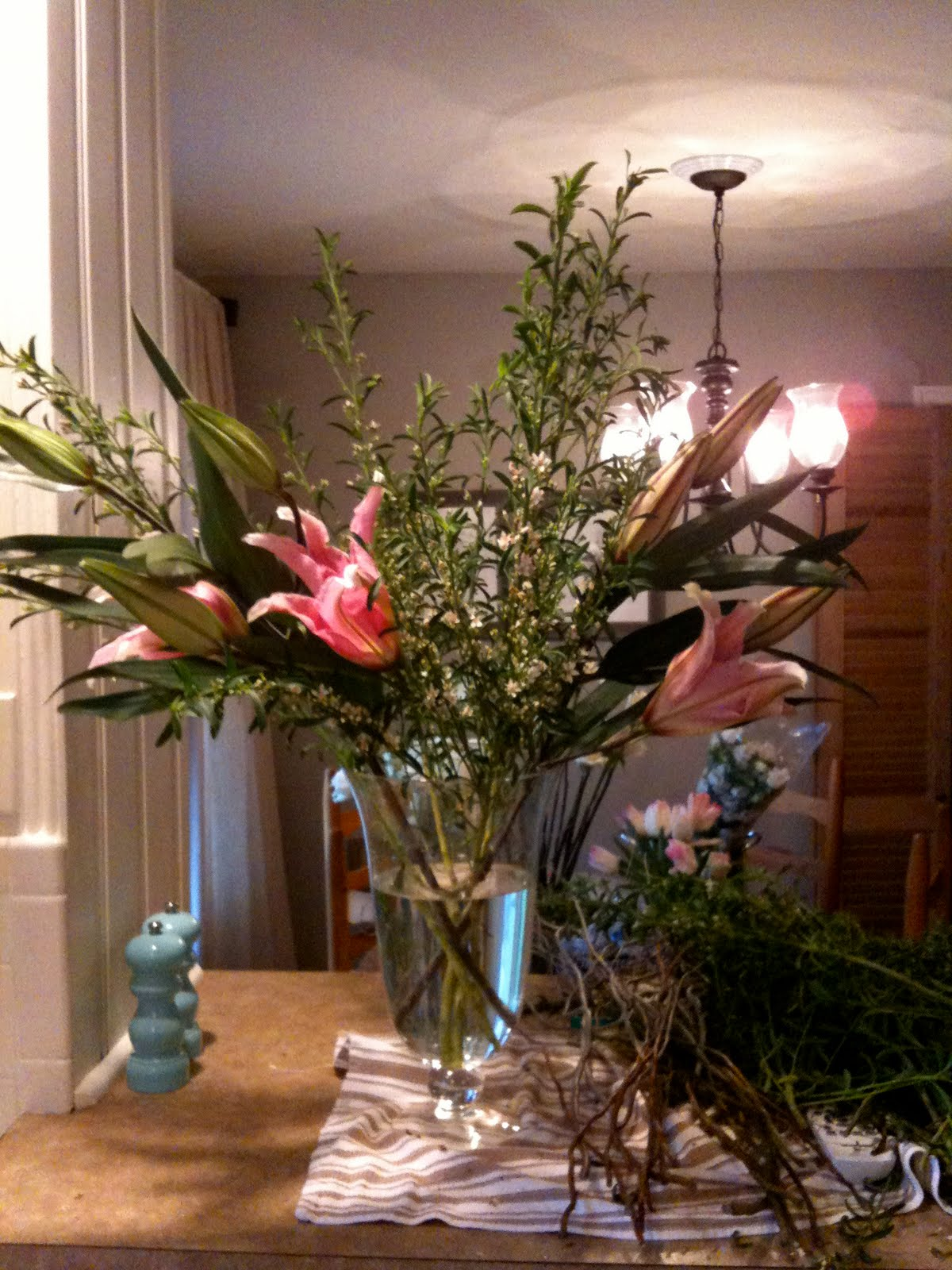 Jenny steffens hobick diy large flower arrangement