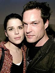 Neve Campbell and Boyfriend John Light Married