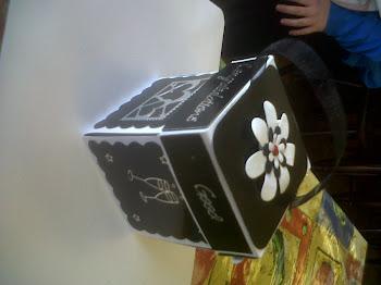Black&White exploding box