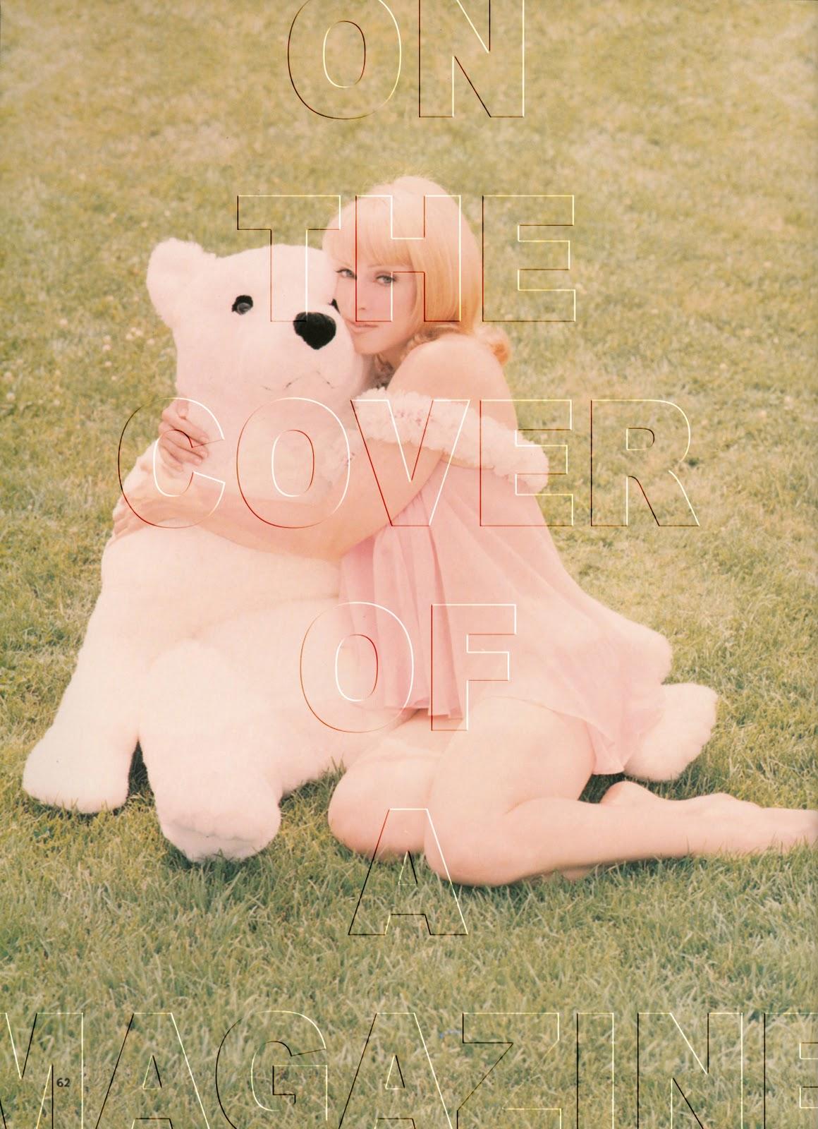 http://2.bp.blogspot.com/_eA7ZafYKvfU/TQWCDGIrbHI/AAAAAAAAEZY/wpRQmuQYvd8/s1600/Glamour+Italia+November+1992+page+62+copy.jpg