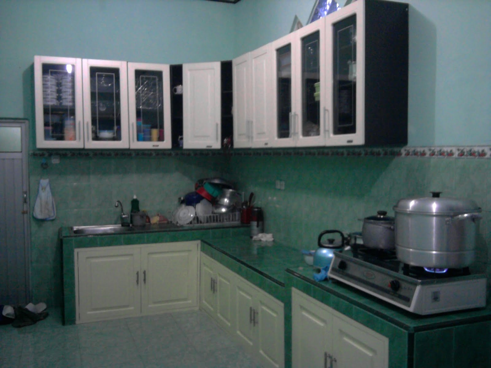 gambar dapur cantik jendela kita