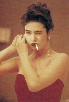 Aarkeybabble : Jennifer Connelly - smoking hotness