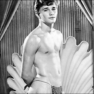 Mi imbatto in alcuni siti di gay vintage erotica, e cioè erotici gay ...