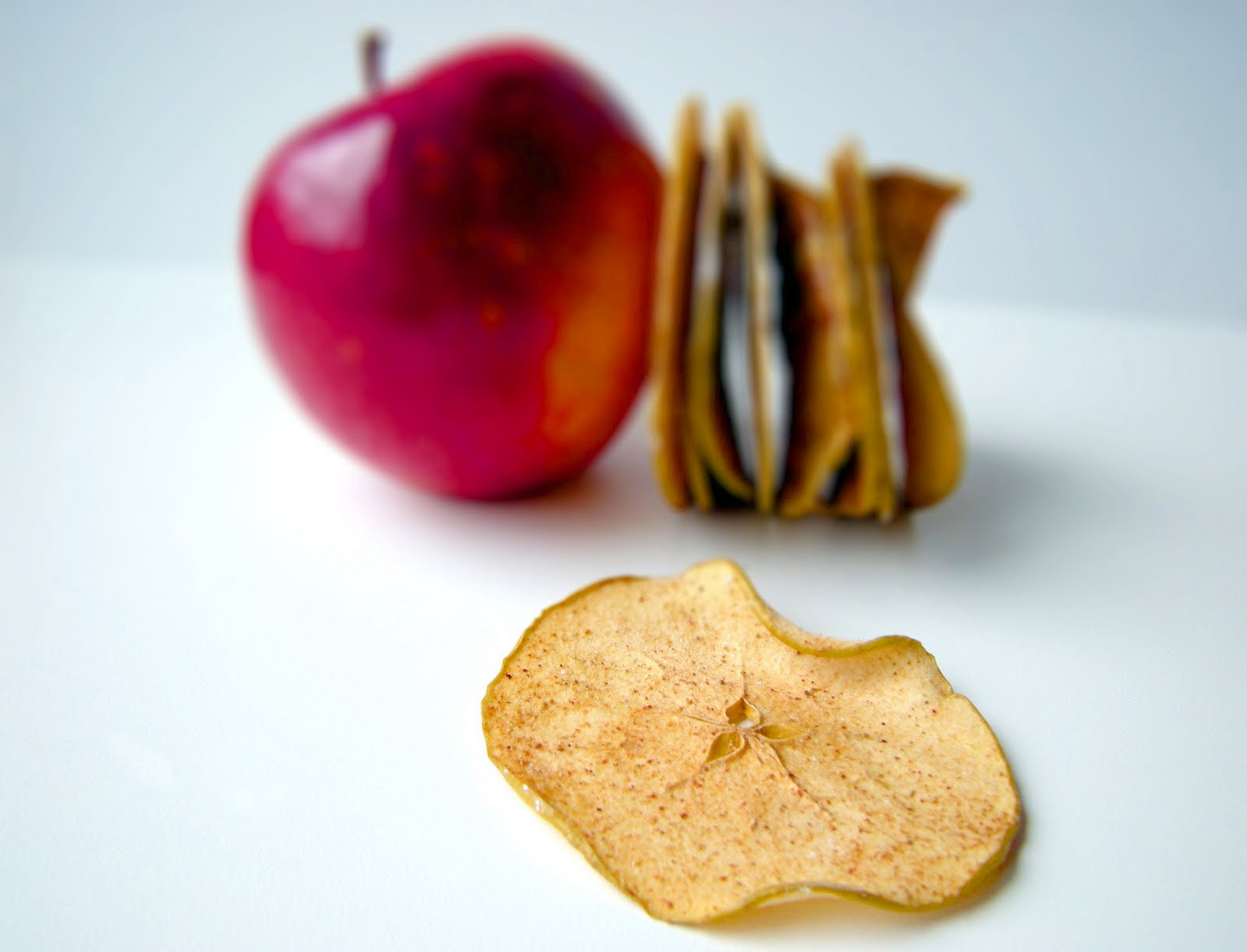 Crafty Lass: Five-Spice Apple Chips