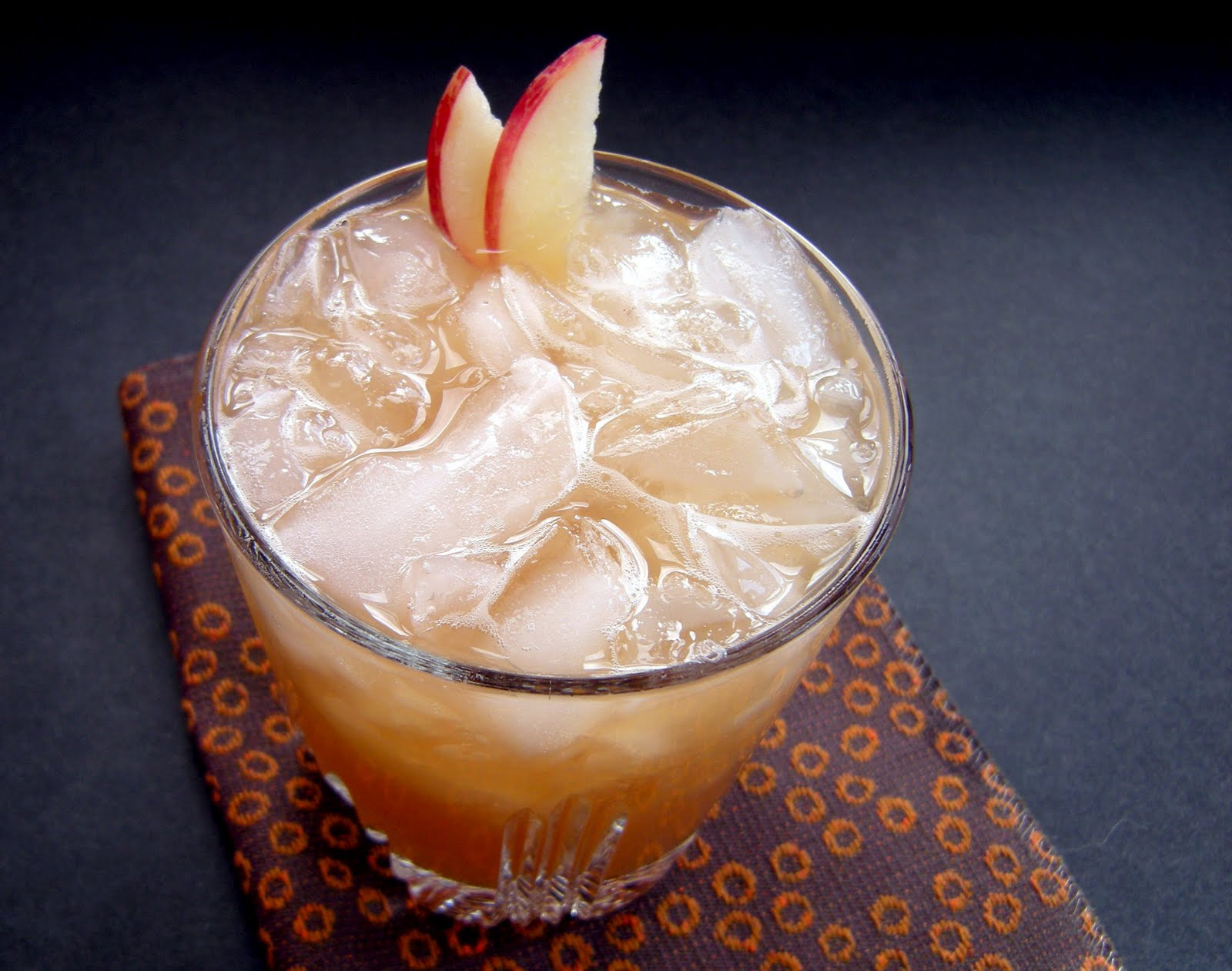 Crafty Lass: Cider Whiskey Cocktail