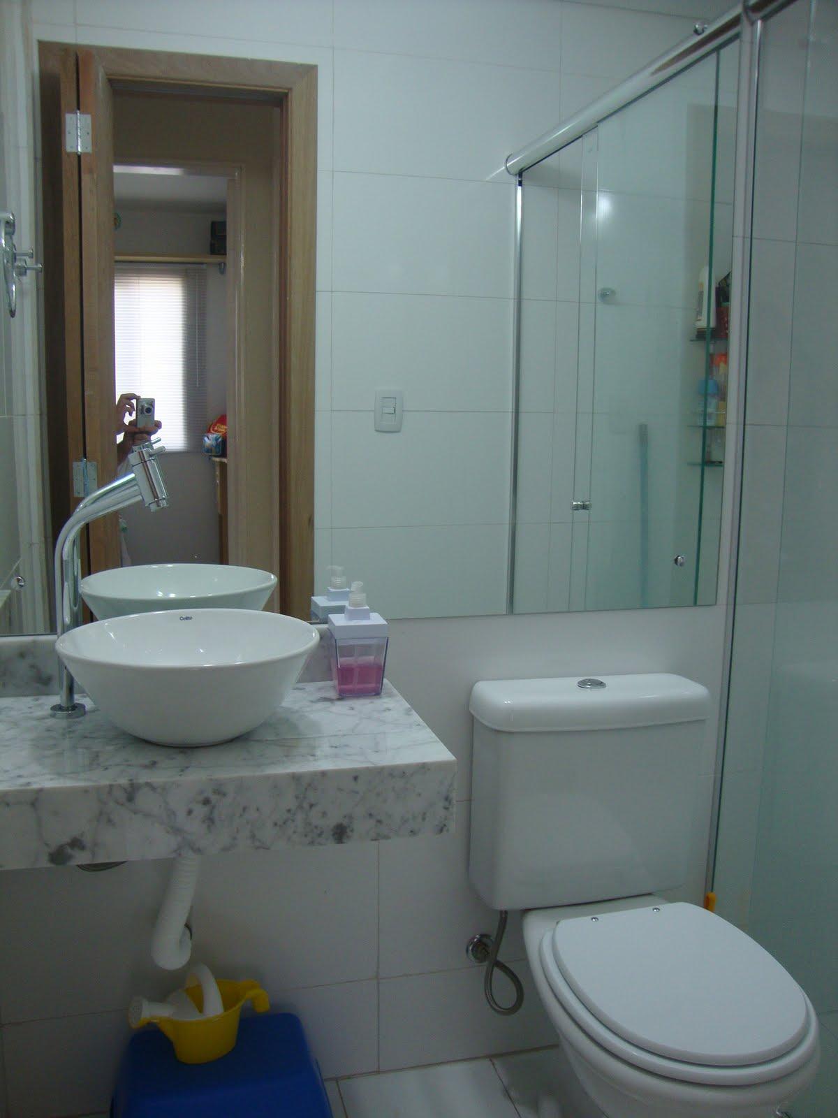 reforma de cinco banheiros tempo de obra e fotos de antes e depois #594F3E 1200 1600