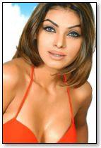 Mona Chopra Sexy Photos