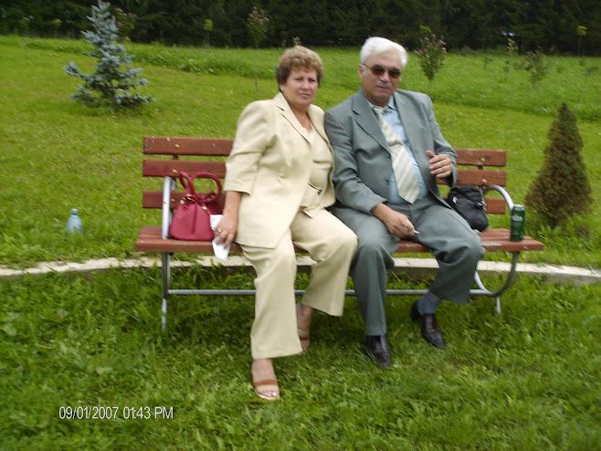 Eu cu sotia  la Manastirea Neamt , in  2007....