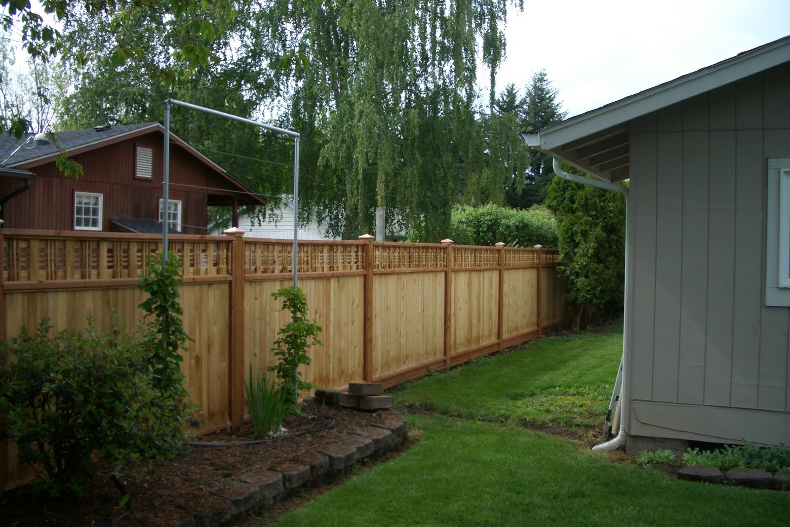 Top 28 Fencing A Backyard Homelifescience Backyard