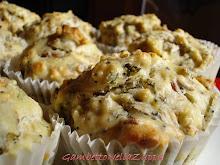 Muffins alla cipolla di Tropea, indivia e Semi tostati