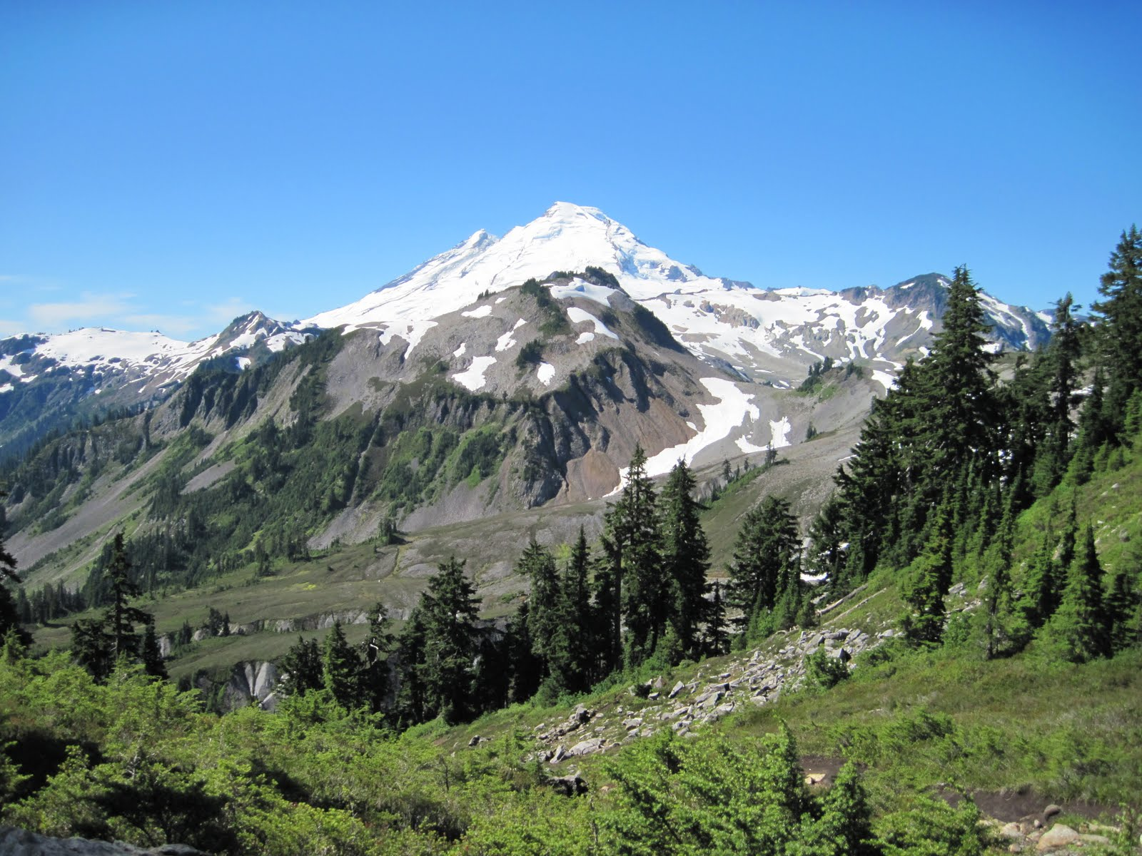 Beth 39 s news hiking table mountain near mt baker wa for Chair 6 mt baker