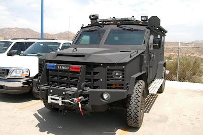 Vehiculos tacticos de Policias locales de Mexico TINO+%282%29
