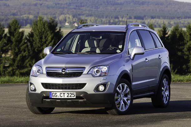 2011 Vauxhall Antara. 2011 Opel Antara