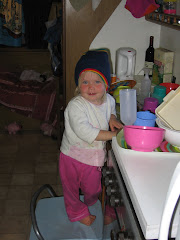 doing the dishes in the caravan Shalese