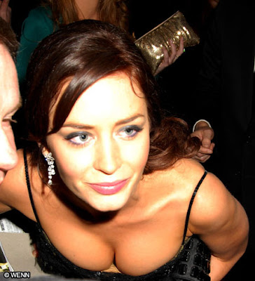 Emily Blunt Hot Pictures, Emily Blunt Hot and Sexy Photos, Emily Blunt