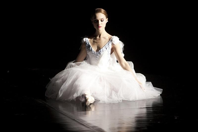 http://2.bp.blogspot.com/_eIy06EPSalw/TSIiZ5W2DLI/AAAAAAAAB7A/K-aPl-_YkOA/s1600/Black-Swan-natalie-portman-17578308-800-533.jpg