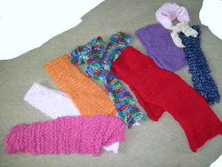 8 knitted scarves