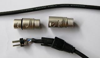 Speaker Custom: MENYOLDER KABEL (KABEL DAN KONEKTOR BAGIAN II