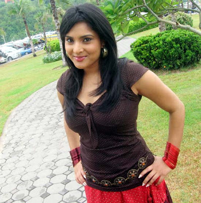 Kannada actress sexy Ramya hot