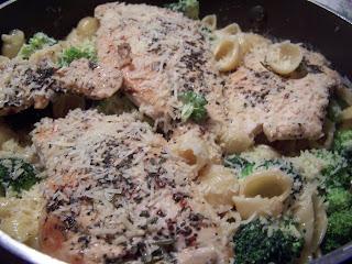 The Homespun Heart Garlic Herb Chicken Con Broccoli