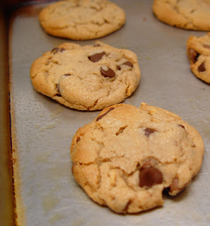 How Long Do You Bake A Large Chocolate Chip Cookie