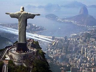 http://2.bp.blogspot.com/_eN8ou3Z_9Zg/Snyo6T5mgoI/AAAAAAAAA9E/___ZHcmOrok/s320/Rio-Jesus1.jpg