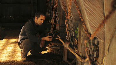 Lost - Dr. Linus - Nestor Carbonell as Richard Alpert