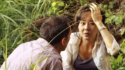 Lost - The Package - Michael Emerson as Ben Linus & Yunjin Kim as Sun Kwon
