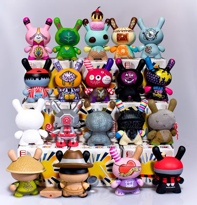 Kidrobot - Dunny Series 5 - The Complete Set of Designer Vinyl Figures (back)