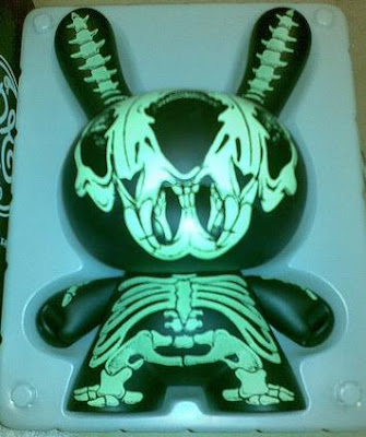 Kidrobot - Super Rare 8 Inch Dunny by Ron English