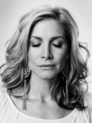 Entertainment Weekly: LOST Portraits of the Dead - Elizabeth Mitchell as Dr. Juliet Burke