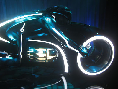 San Diego Comic Con 2009 - Flynn's Arcade: The Tron Legacy Light Cycle Close-Up