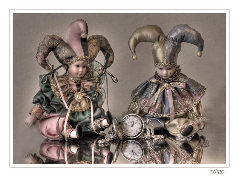 http://2.bp.blogspot.com/_ePFfmueXMIE/S4ySl0A0hnI/AAAAAAAAAAM/gLlY4t-tQJg/s1600-R/Arlequines.jpg