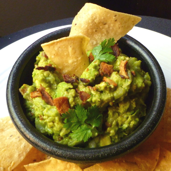 Cookistry: Bacon, tomato and chipotle guacamole