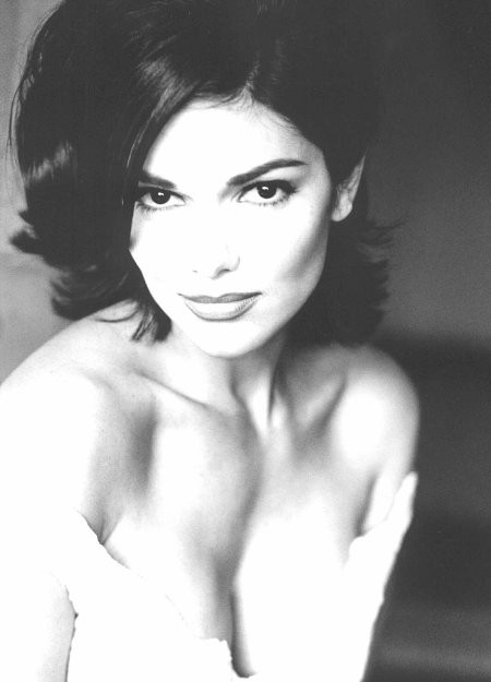Laura Harring : David Lynch again displays impeccable taste to my ...