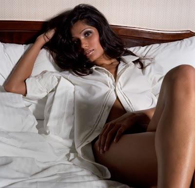 Freida Pinto thighs