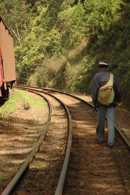 Donde Miras   No caminho do trem