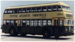 Autobús 2124, en servicio entre 1938 y 1953, en la Fifth Avenue Coach Company