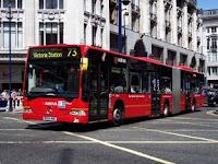 Autobús articulado de Londres en la línea 73. Autor Iwouldstay, vía Wikipedia