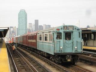 Tren Nostalgia en el 7, por Adam E. Moreira