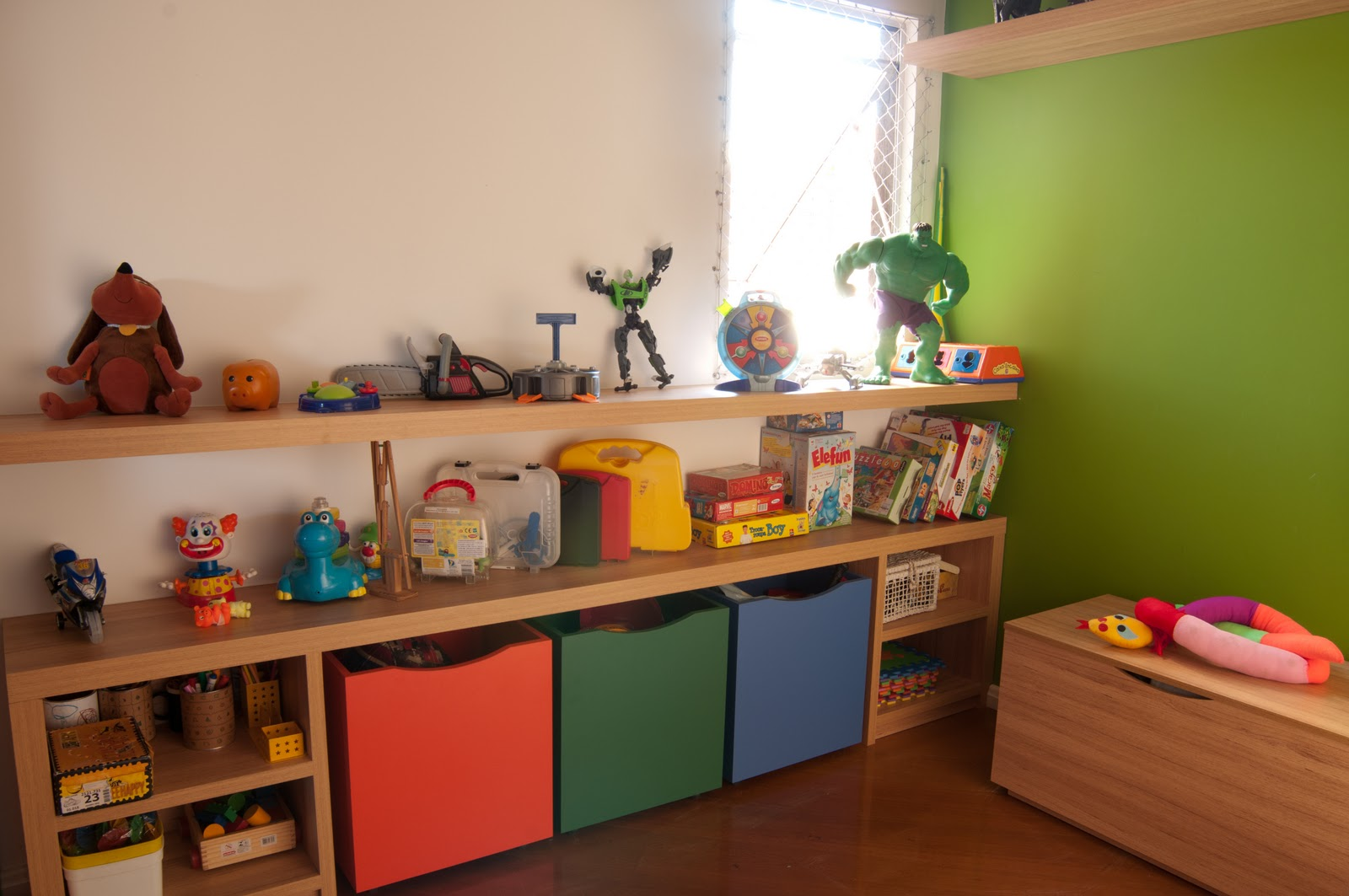 20170124214855_decoracao Quarto Infantil Brinquedos Beigit Com ~ Decoração De Quarto Infantil Com Nichos E Prateleiras