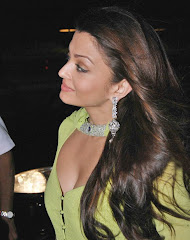 Aishwarya Rai Bachchan  Hot Pics Pictures Photos Wallpapers Photoshoot Sizzling Bold Spicy Bikini Girl Babe Bollywood Actress Latest Upcoming Movies Hot News Gossips 2010