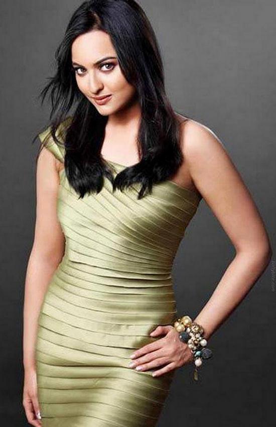Bollywood nude xxx bloge photos 445